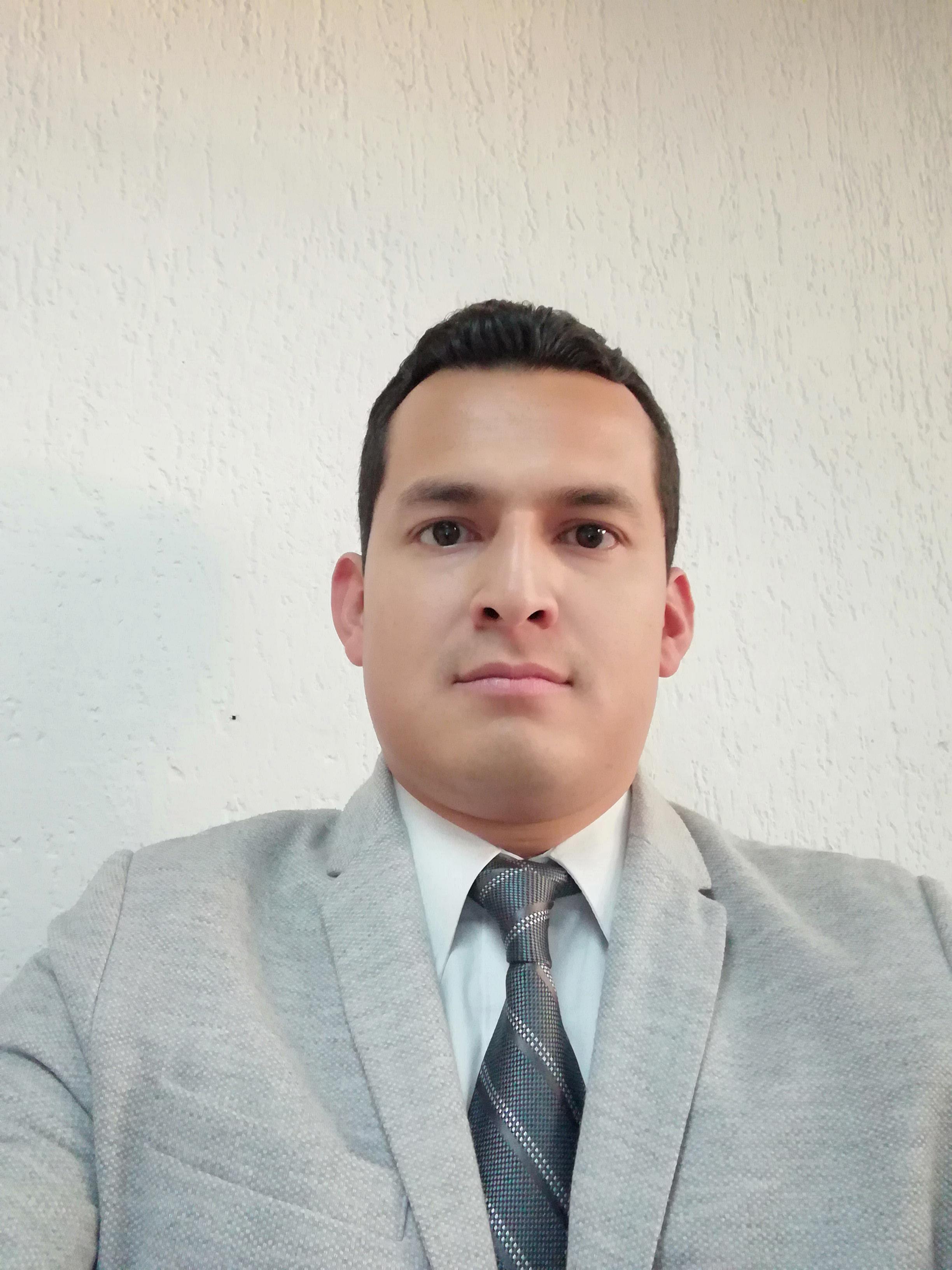 Lic. José Eduardo Lee Luna
