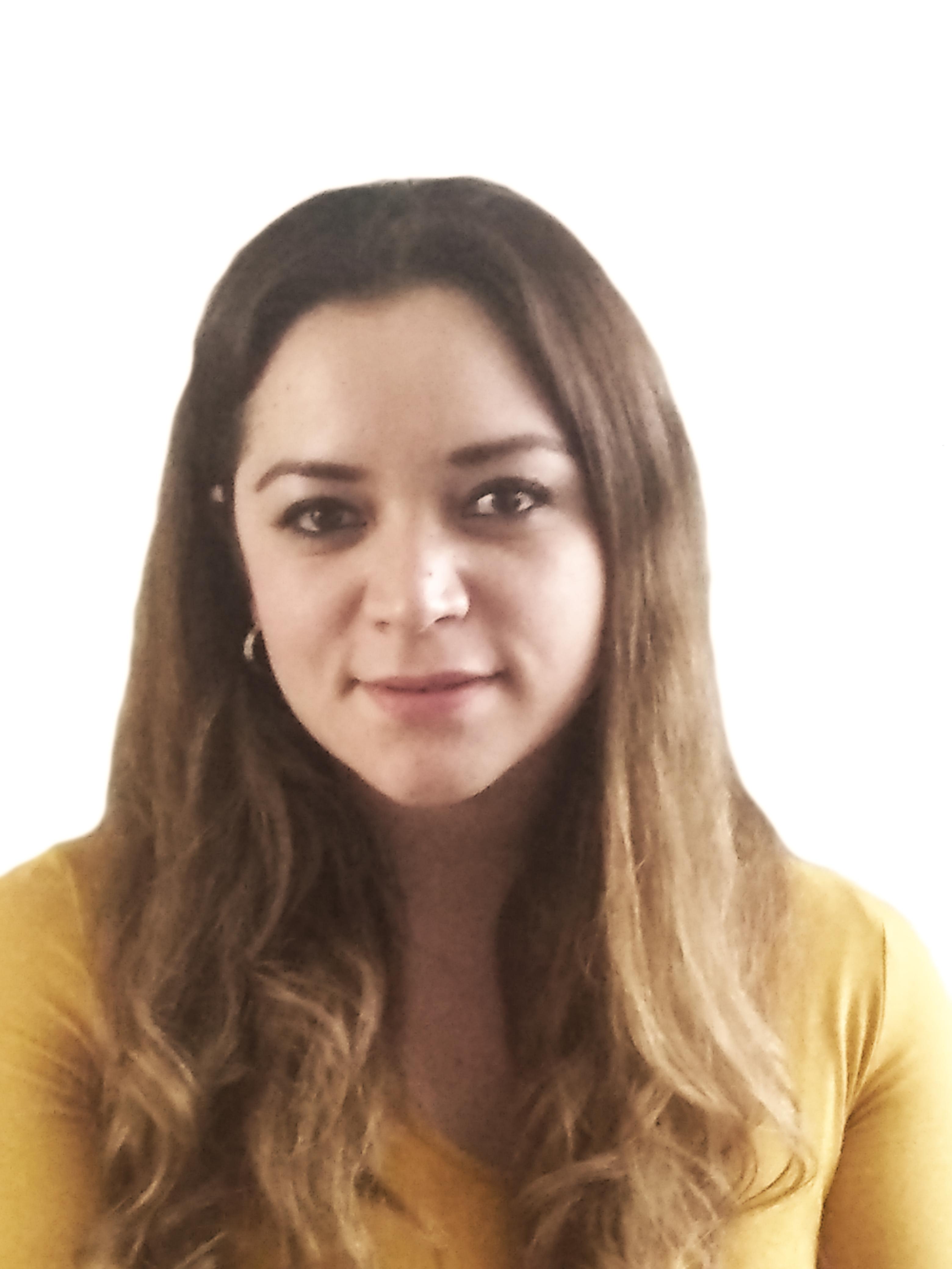 C. Katia Inés Bringas Rojo